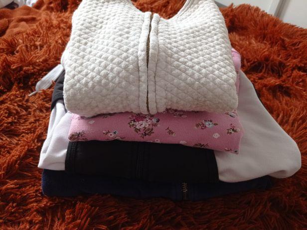 Bluzy dresowe bluza 4 sztuki 122-128 dla dziewczynki