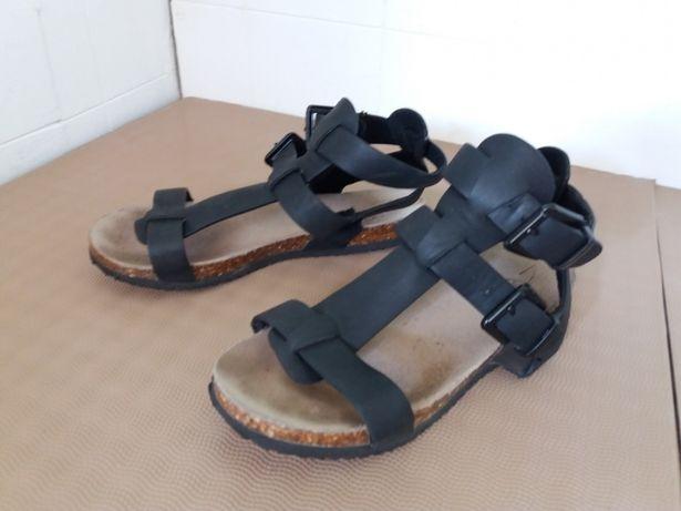 Sandały dla dziewczynki Reserved rozmiar 35