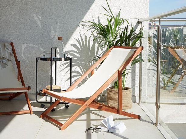 Cadeira de jardim dobrável em madeira de acácia escura ANZIO - Beliani