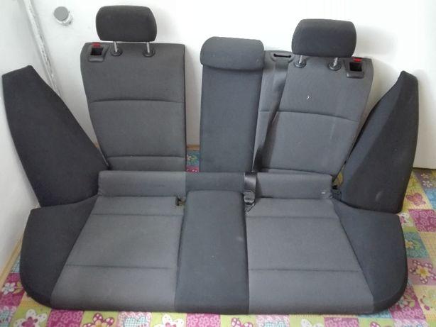 Fotele, kanapa, boczki- komplet BMW E87 stan bardzo dobry