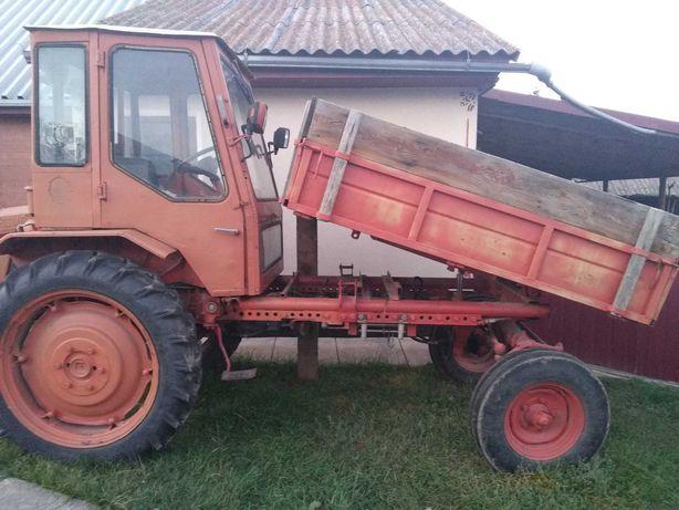 Трактор т16 в робочому стані