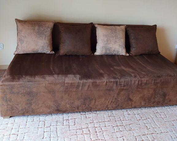 kanapa 2 os. ze skrzynią