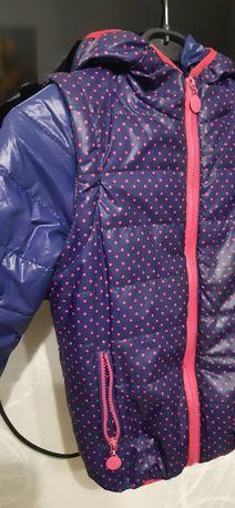Курточка жилетка р.134 на флисе демисезонная деми