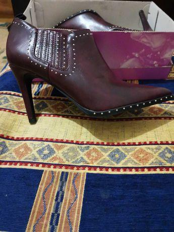 Ботинки  женские, осінь.