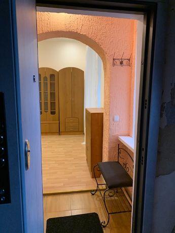 2 комнатная квартира - Кузнечная/Льва Толстого