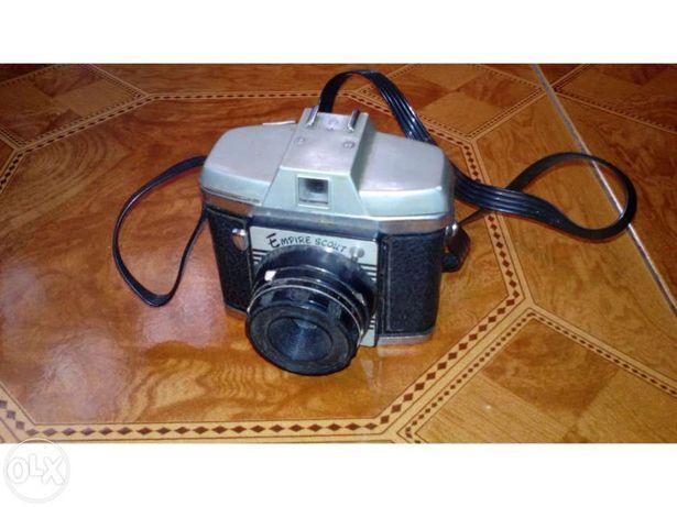 Máquina fotográfica antiga dos anos 60 empire scout