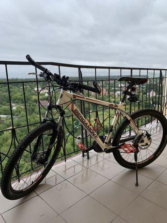 Продам горный велосипед и самокат .