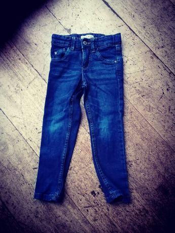 Spodnie rurki dla chłopca
