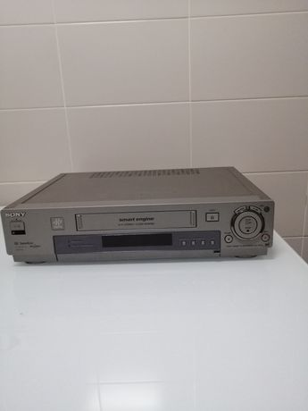 Leitor/Gravador VHS Sony com comando