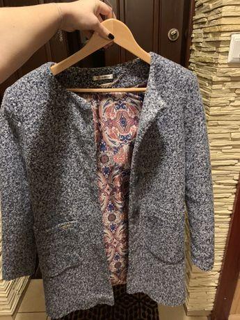 Sprzedam płaszcz damski rozmiar 36