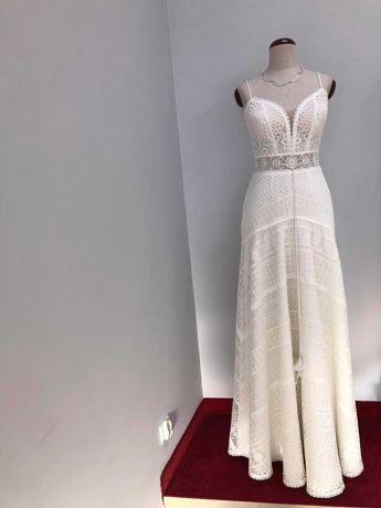 Suknia Ślubna, styl boho, na ramiączkach