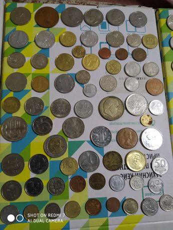 Разные монеты. За все що на фото.