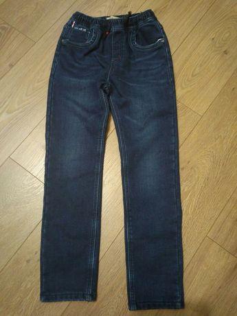 Продам джинси теплі