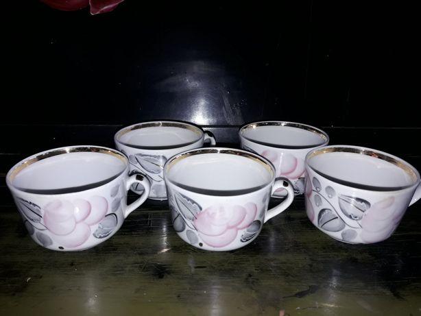 Чашки к сервизу