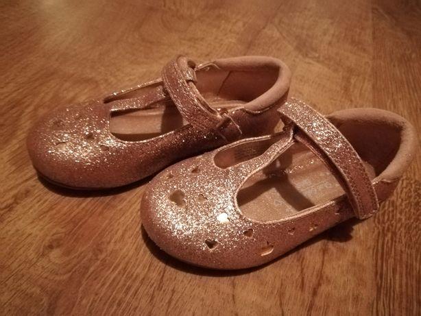 Sprzedam buciki złote balerinki