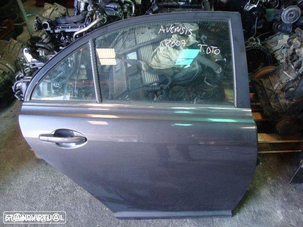 Porta Toyota Avensis Trás direita