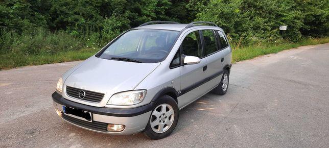 Opel Zafira a 2,2 dti