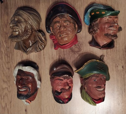 Płaskorzeźba z gipsu - twarze