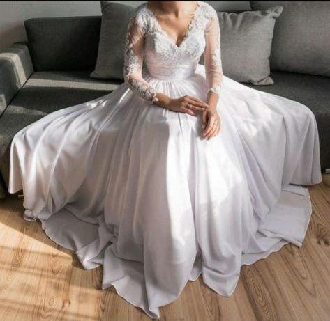 Sprzedam piękną suknię ślubną szyta na miarę. roz 34/36 na wzrost 158c
