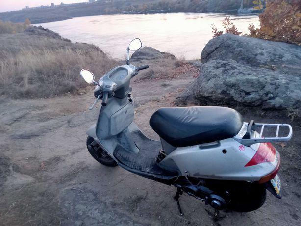 Продаю свої мотоцикли,мотозапчасті,мопеди,скутер Хонда леад 90