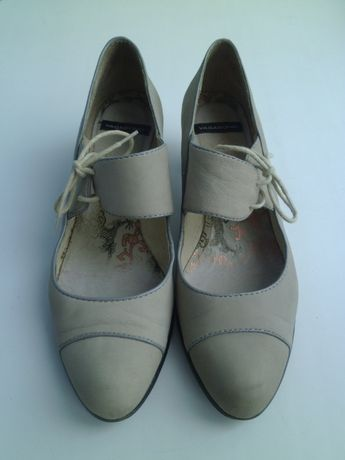туфли нубук 38 фирма VAGABOND (ВАГАБОНД) Дешево