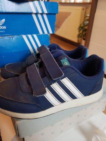 Sprzedam buty Adidas r.21