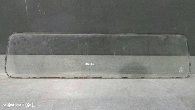 Óculo Traseiro Nissan Cabstar (F22, H40)