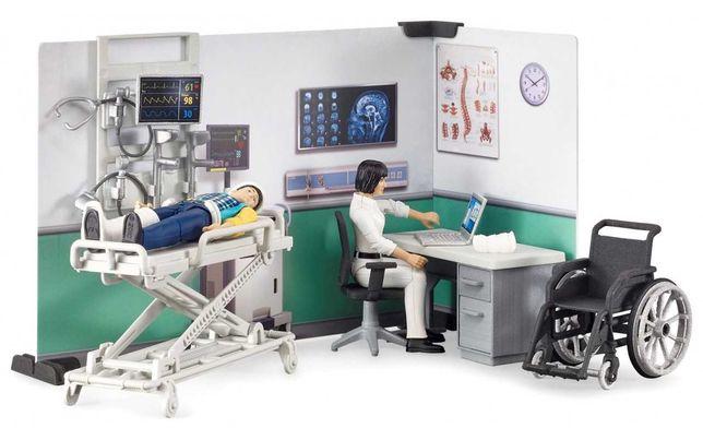 BRUDER 62711 Szpital z figurką lekarza i pacjenta