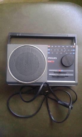 раритетный радиоприемник PHILLIPS 1986 г.