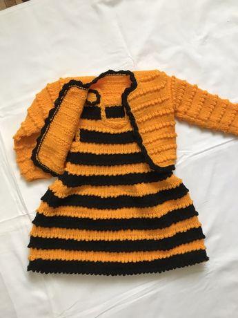 Вязанный костюм для девочки на  1,5-2 года