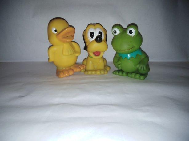 Игрушки-пищалки для ванной