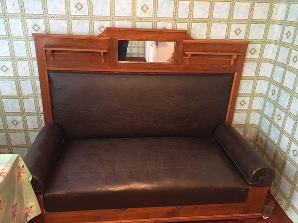 Сталінський диван в гарному стані