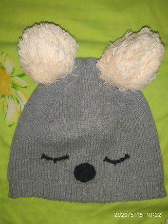 Продам шапочку весна -осінь