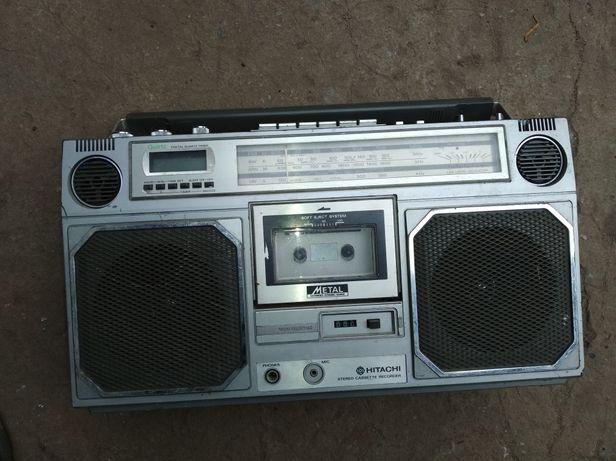 Radiomagnetofon hitachi