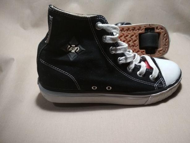 Butorolki heelys 39 trampki buty z kółkami
