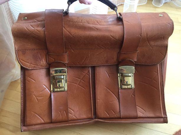 Продаю кожаный портфель