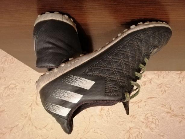 Футзалка adidas 40 размер