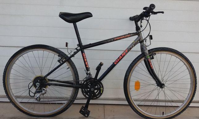 Bicicleta GIANT - Stonebreaker Roda 26