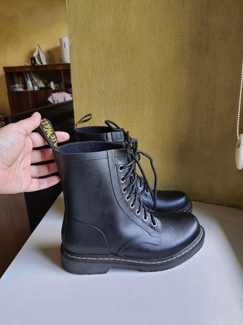 ботинки  Dr.Martens 39 размер оригинал