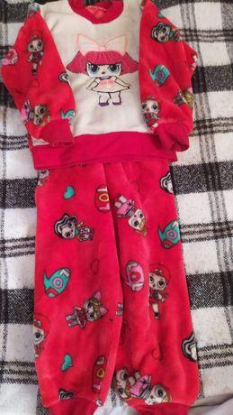 Теплая пижама на 4-5 лет