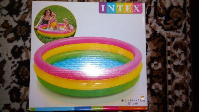Дитячий басейн радуга Intex 57412 114х25 см, 136 л