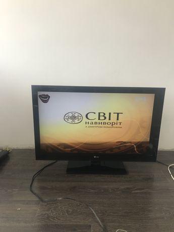Телевизор LG 42CS560 42 дюйма