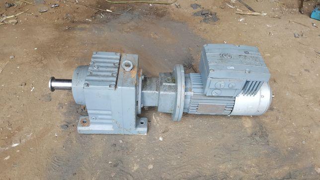 Motoreduktor płynna regulacja falownik