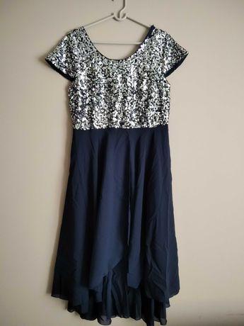 Śliczna asymetryczna sukienka z cekinami