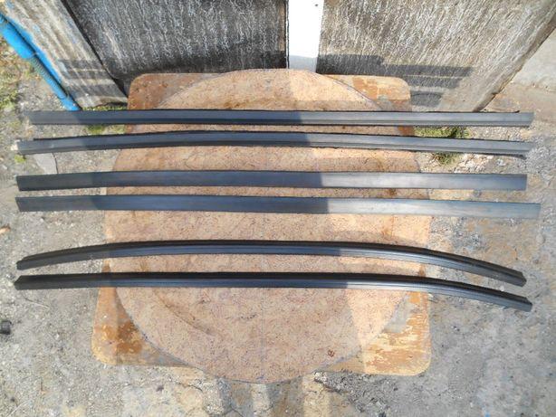 Продам резинки уплотнитель для стекла двери на Ваз