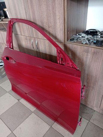 Двері передні праві Infiniti QX-30