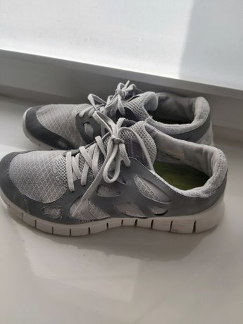 Кросівки  Nike  сірі
