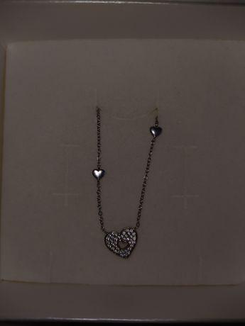 Łańcuszek APART -srebrne serduszko