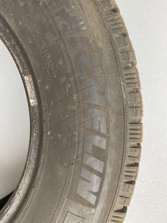 Michelin Agilis X-Ice North 215/75 R16C