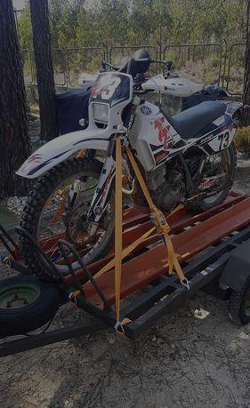 Vendo/troco Reboque para motas